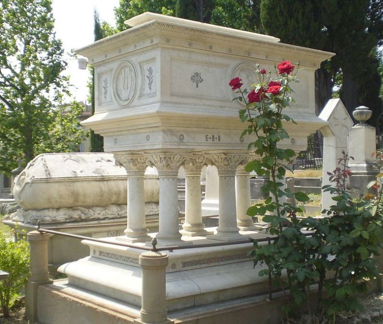 Elizabeth_Barrett_Browning, tomb in the English Cemetery, Florence