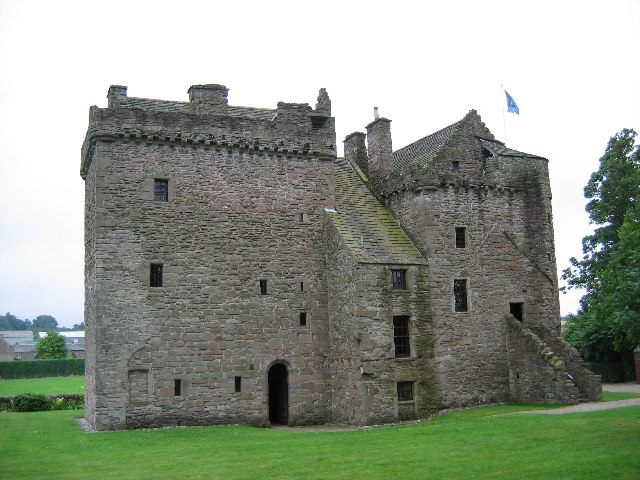 Huntingtower_Castle,_near_Perth, Ruthven